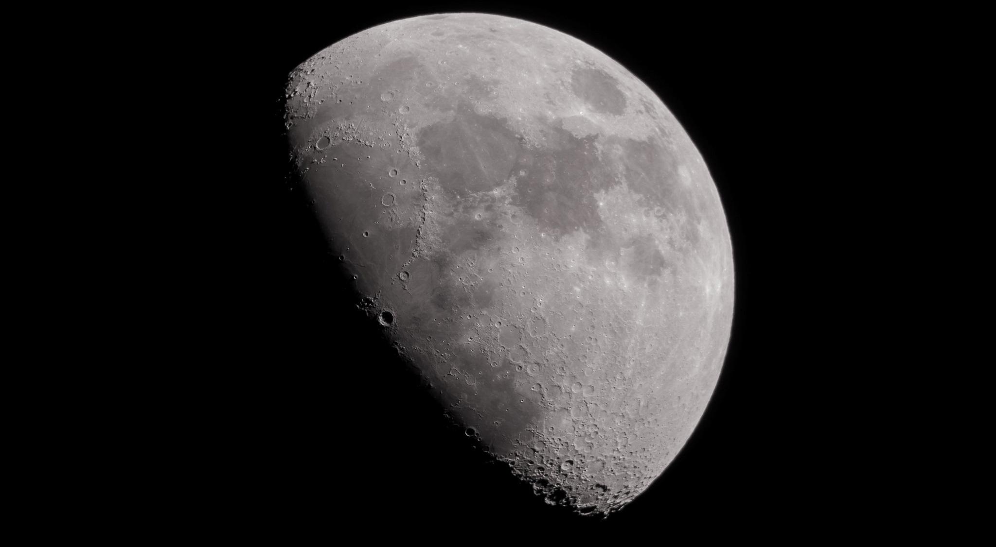 Ciclo de Charlas sobre la Luna